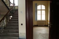 Treppenhaus mit Bueroraum