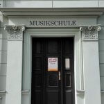 Eingang Musikschule fsfm Gruenes Haus