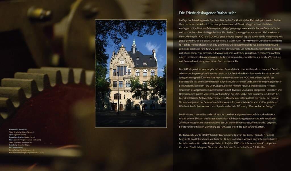 Rathaus-Friedrichshagen-Rathausuhr-Ausstellung-Tafeln-1